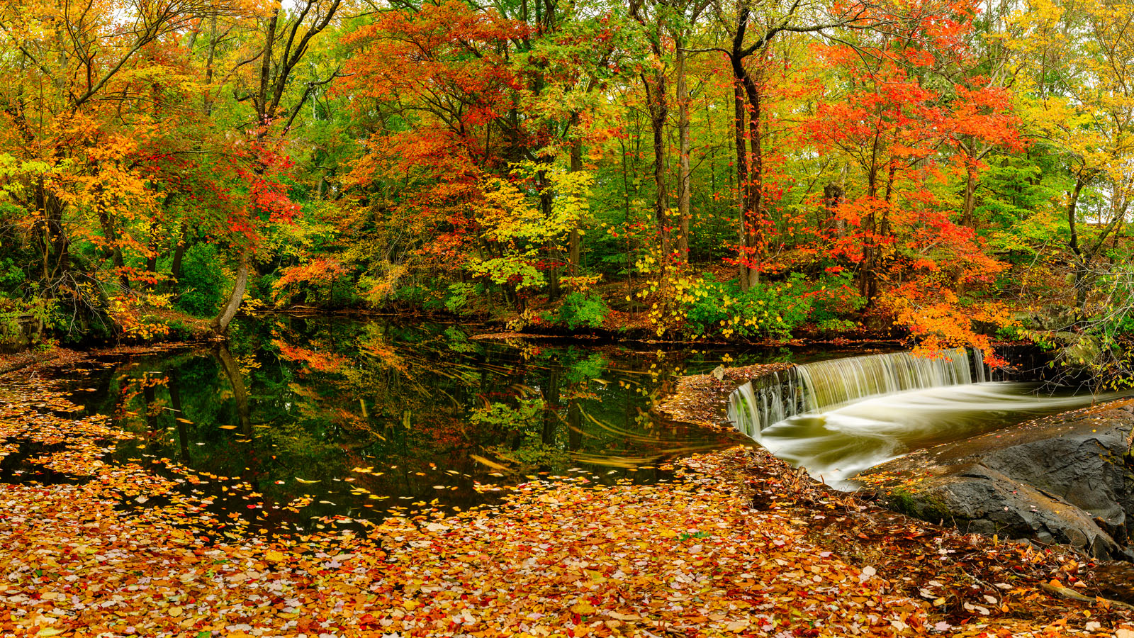 The Best Conditions for Fall Foliage Photography - A Panorama at Hunts Mill Falls